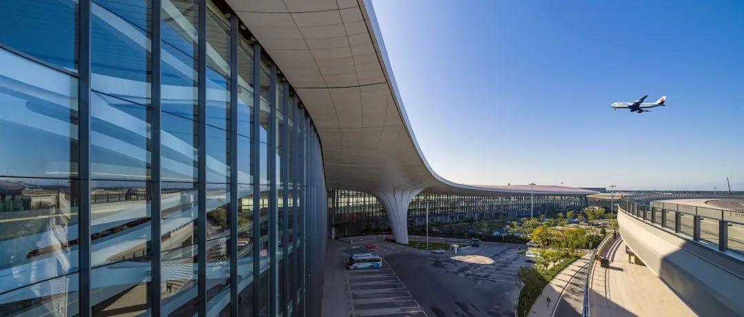 """全国240个机场,谁是最强城市""""发动机""""?"""
